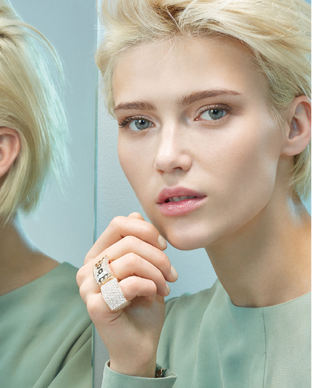 Pink gold rings with brilliants. | Crivelli Official