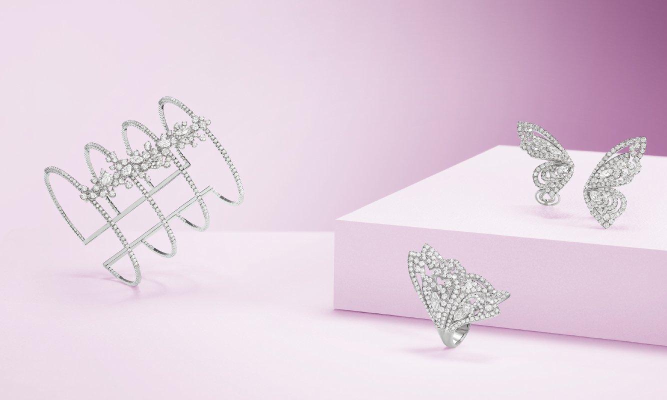 Bracciale oro bianco e brillanti. Anello e orecchini oro bianco e diamanti. | Crivelli Official