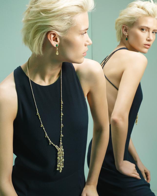 Collana oro rosa con diamanti. Orecchini oro rosa con smeraldi e brillanti. | Crivelli Official