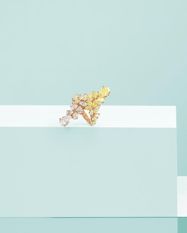 Anello oro rosa con diamanti. | Crivelli Official